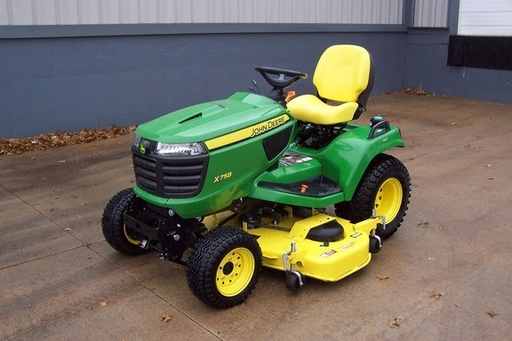 2016 John Deere X758 Riding Mower For Sale