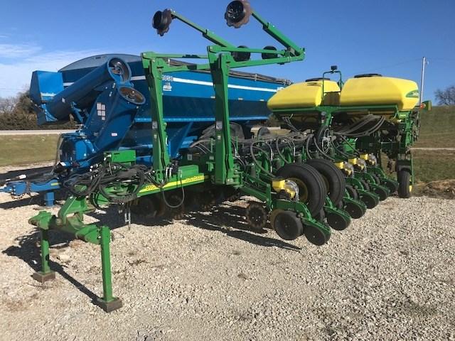 2011 John Deere 1770NT 16R30 Planter For Sale