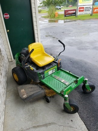 2014 John Deere Z235 Riding Mower For Sale