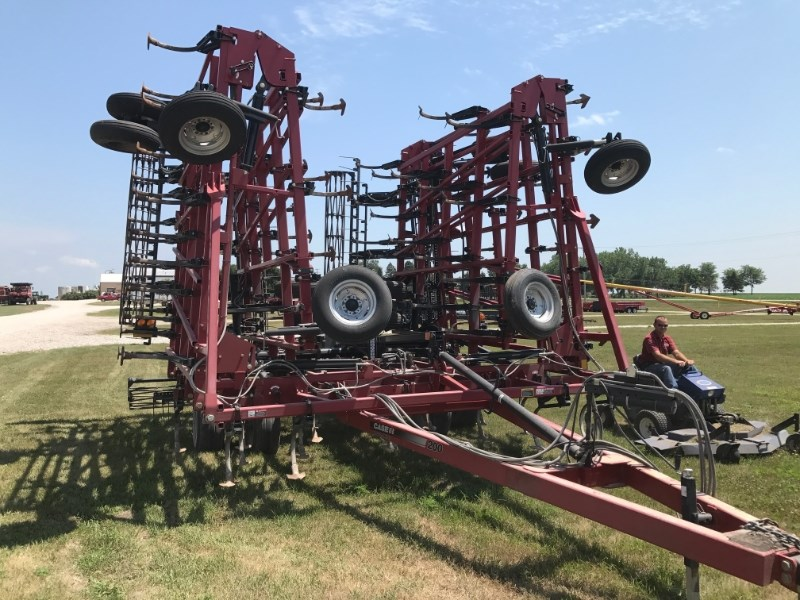 2009 Case IH TM 200 Field Cultivator For Sale