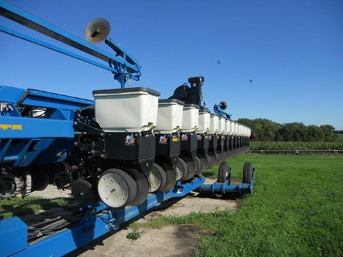 Planter For Sale:  2009 Kinze 3660