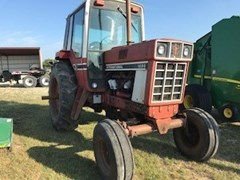Tractor For Sale:  1977 International 1086 , 130 HP