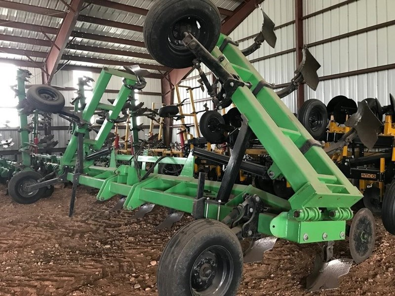2013 Bigham Brothers Inc 802 Rippers For Sale