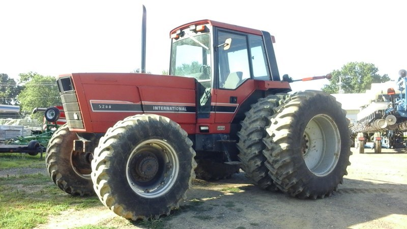 1985 International 5288 Tractor For Sale
