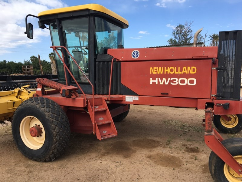 New Holland HW300 Windrower-Self Propelled For Sale