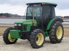Tractor For Sale 2004 John Deere 5420 , 80 HP