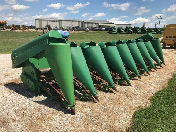 1997 John Deere 893 Header-Corn For Sale