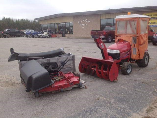 2002 Toro 520XI Riding Mower For Sale