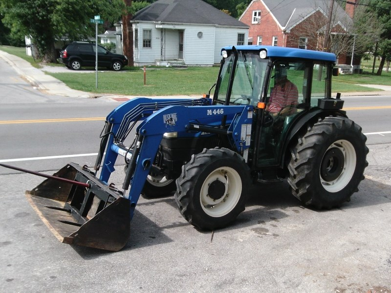 2004 New Holland TN75D MFD CAB LDR Tractor For Sale