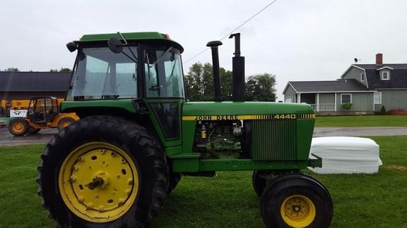 1981 John Deere 4440 Tractor For Sale