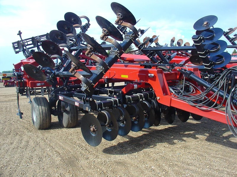 2013 Case IH ECOLO-TIGER 870:-PARABOLIC SHANK -SPRING RESET:-22 Deep Till For Sale