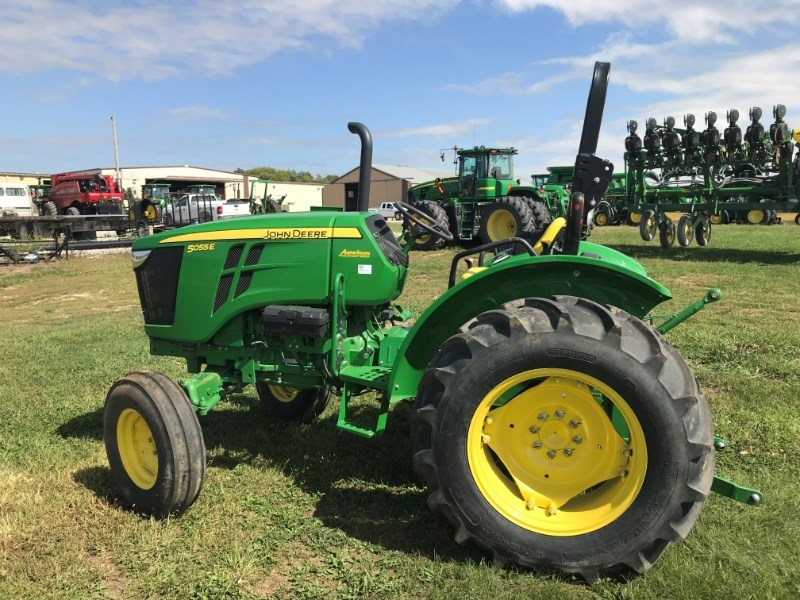 2015 John Deere 5055E Tractor For Sale