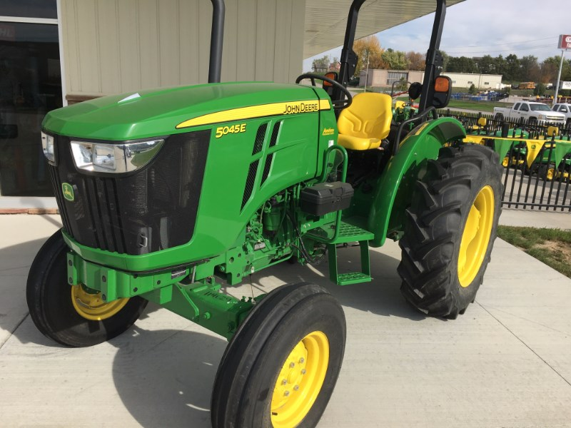 2015 John Deere 5045E Tractor For Sale