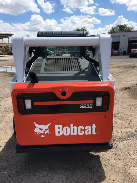 Bobcat S650 T4 Skid Steer