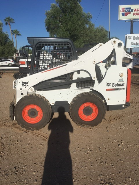 Bobcat S740 T4 Skid Steer