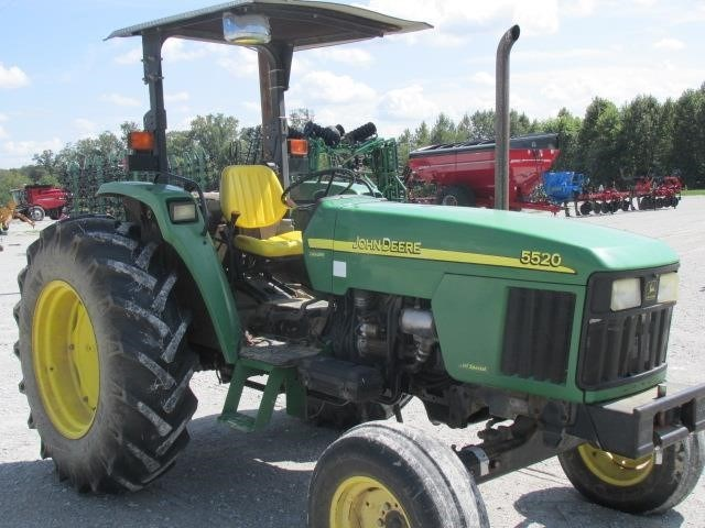 John Deere 5520 Tractor For Sale