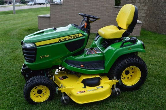 2016 John Deere X738 Riding Mower For Sale