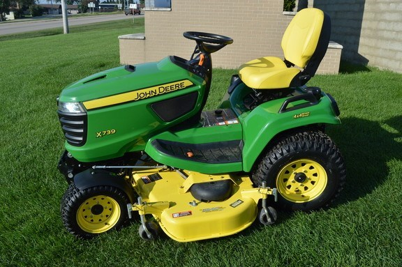 2016 John Deere X739 Riding Mower For Sale