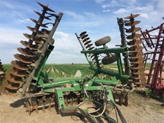 Disk Harrow For Sale:  2006 John Deere 637