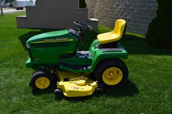 2000 John Deere 345 Riding Mower For Sale