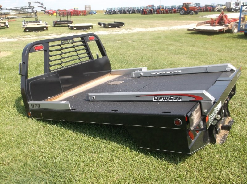 2017 DewEze (NEW) 675 BALE BED Hay Bed For Sale