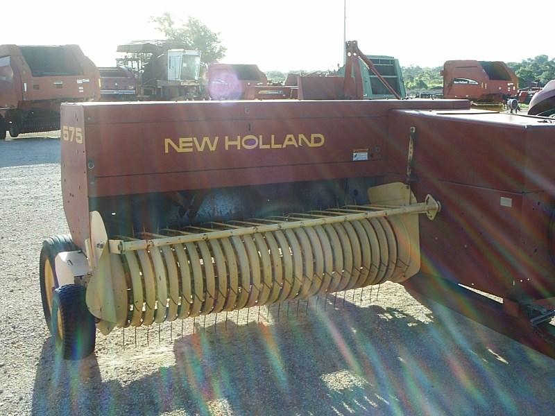 2003 New Holland 575 Baler-Square For Sale