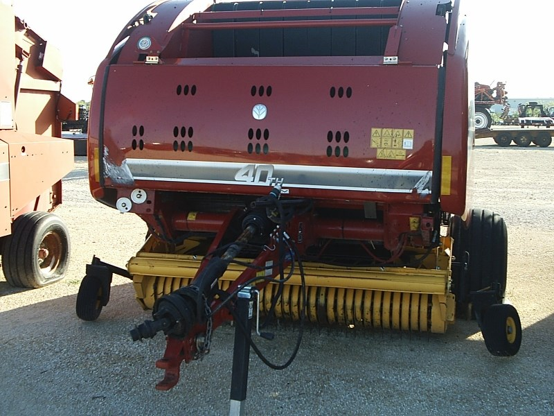 2015 New Holland Rollbelt 560 Baler-Round For Sale