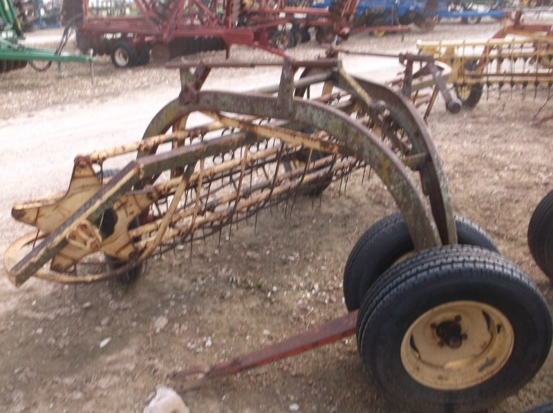 New Holland 256 Hay Rake-Dual Bar For Sale