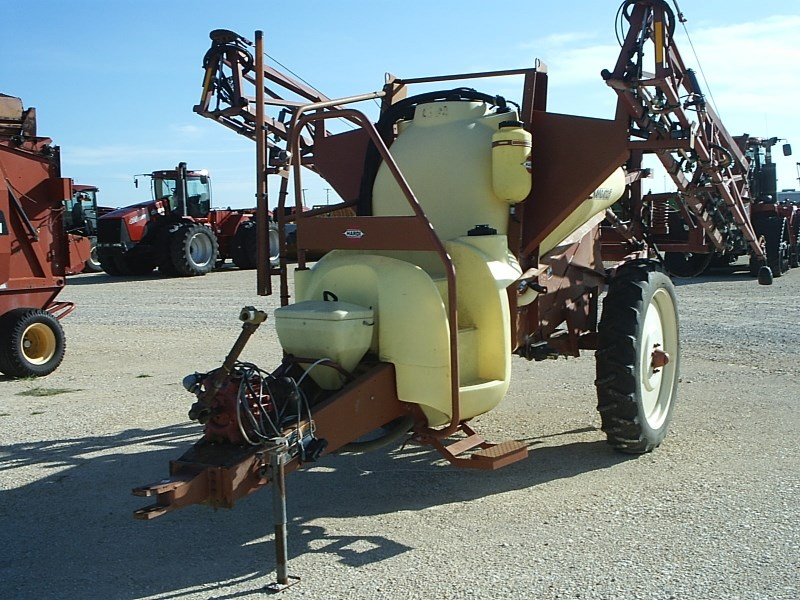 Hardi NP550 Sprayer-Pull Type For Sale