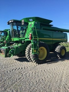 Combine For Sale 2009 John Deere 9770 STS