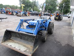 Tractor For Sale:   New Holland TC30 , 30 HP