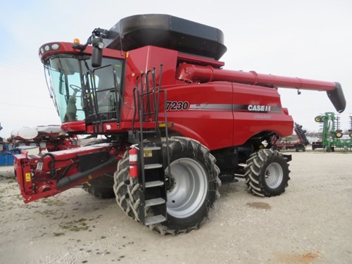 Combine For Sale:  2012 Case IH 7230
