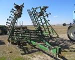 Field Cultivator For Sale: 1990 John Deere 960