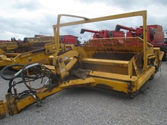 Scraper-Pull Type For Sale John Deere 1812C