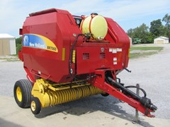 Baler-Round For Sale:  2009 New Holland BR7060