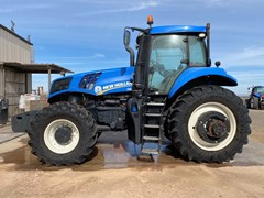 Tractor  2015 New Holland T8.350