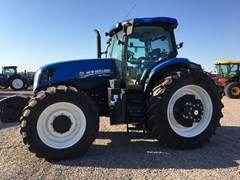 Tractor For Sale:  New Holland T7.230