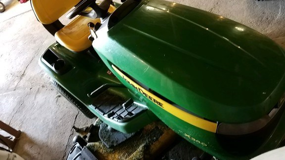 2010 John Deere X340 Riding Mower For Sale