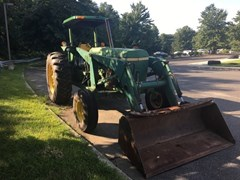 Tractor For Sale John Deere 2940
