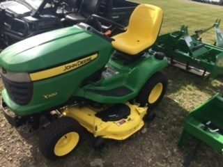 2009 John Deere X320 Riding Mower For Sale