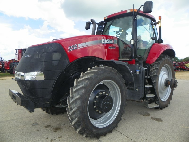 2011 Case IH 235 Tractor For Sale