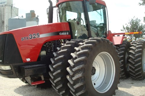 Tractor For Sale:  2001 Case IH STX 325 , 325 HP