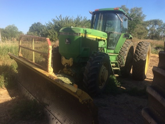 1993 John Deere 4960 Tractor For Sale