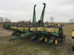 Planter For Sale 1992 John Deere 7200