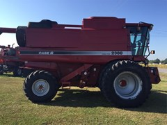 Combine For Sale 2001 Case IH 2388