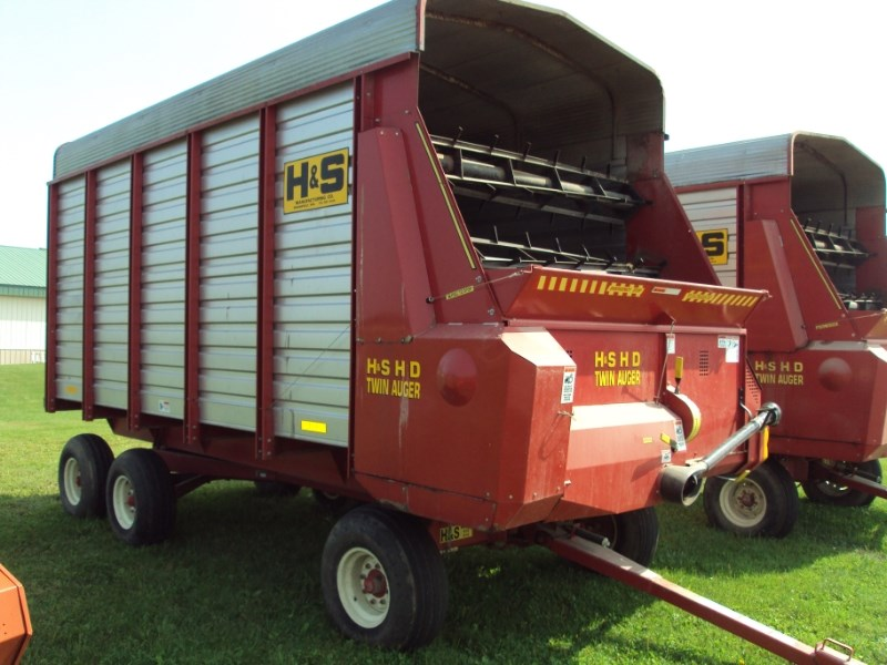 2004 H & S TWIN AUGER HD Forage Box-Wagon Mounted For Sale