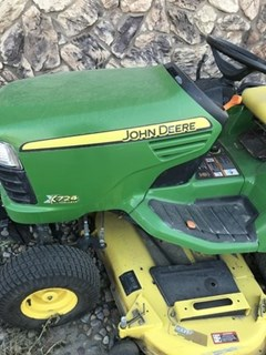 Riding Mower For Sale:  2007 John Deere X724 , 27 HP