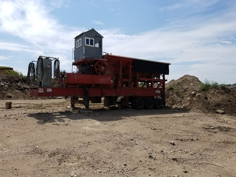 1990 Universal 3254 Crusher - Jaw For Sale