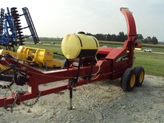 Forage Harvester-Pull Type For Sale 2005 New Holland FP230