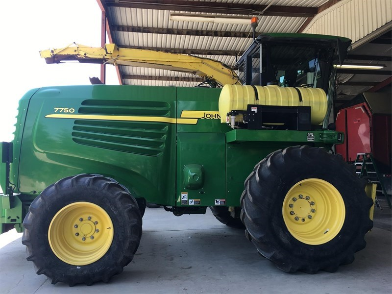 John Deere 7750 Forage Harvester-Self Propelled For Sale